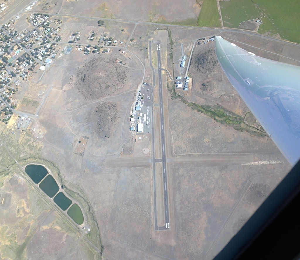 A tight turn on course over Montague Airport-Yreka Rohrer Field